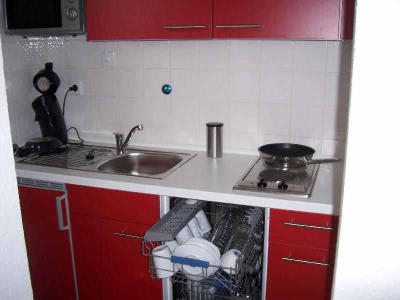 Friedrichsdorf-Apartment - neue, komplette Küchen-Einrichtung
